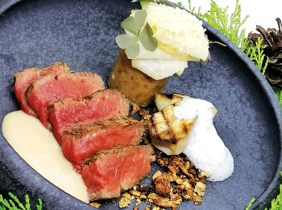Seared wagyu, French toast with chestnut and celery foam, with a porcini mushrooms cream and cereal granola with grains